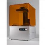 家庭用3Dプリンタ 光造形方式 Form1